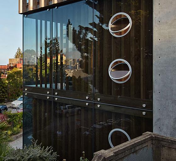 infinity glass porthole example