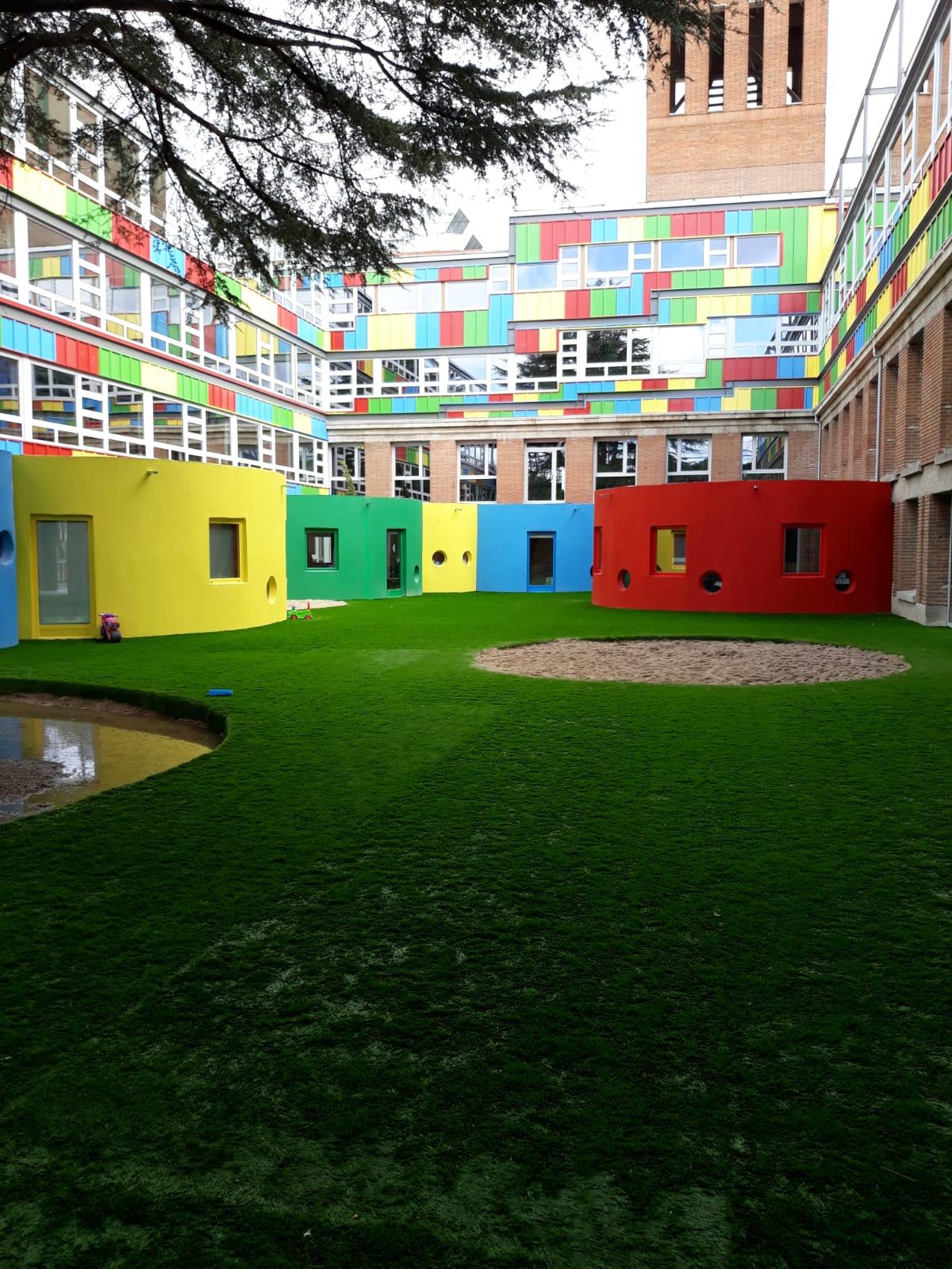 school mixed portholes